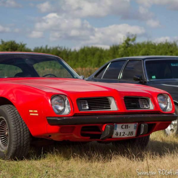 Pontiac 1975